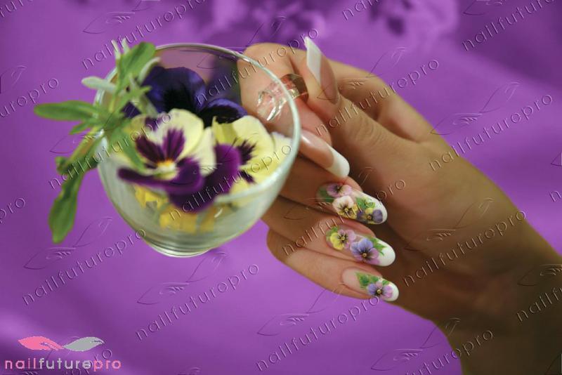 Фиалки на ногтях маникюр 197
