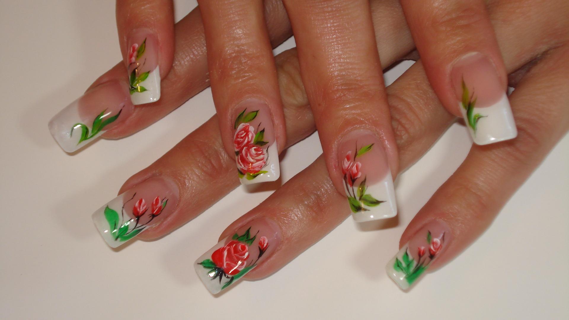 Дизайн ногтей с розами фото 38